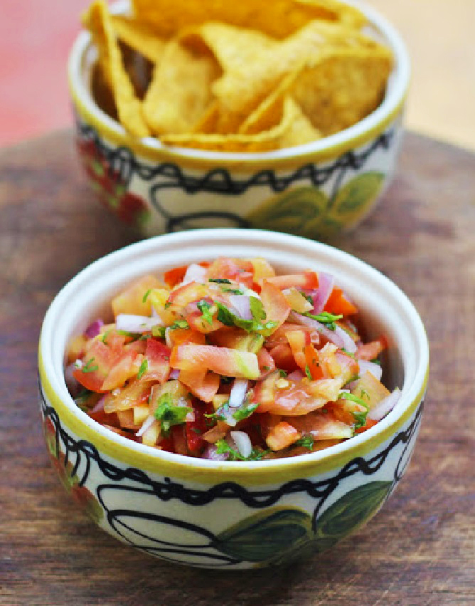 Pico de Gallo Salsa Recipe - Mexican Tomato Onion Salad -FEATURED