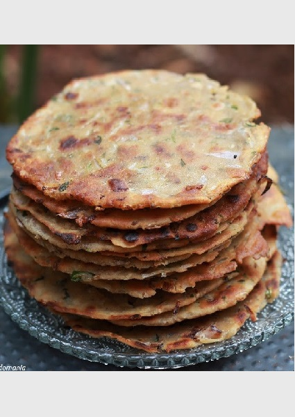 How to make Sindhi Koki Recipe with step by step pictures by Foodomania
