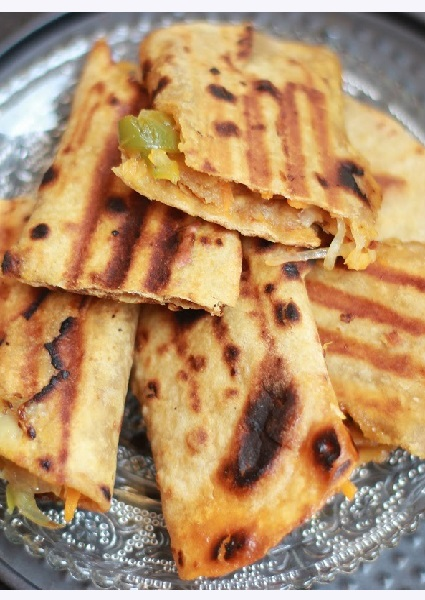 Grilled Roti Sandwich image