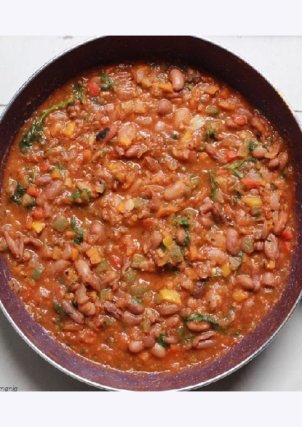 Foodomania Featured Pic - Vegetarian Bean Chili