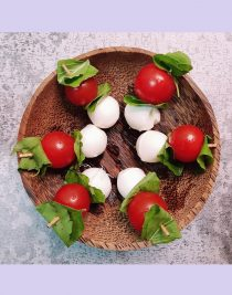 Caprese Salad Skewers Recipe by Foodomania
